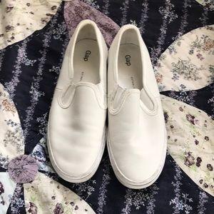 Gap White Leather Slip On Sneaker
